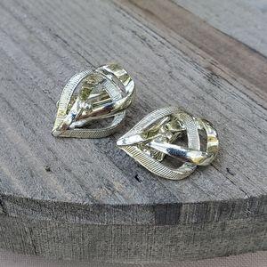 🏷 Vintage earrings 🏷